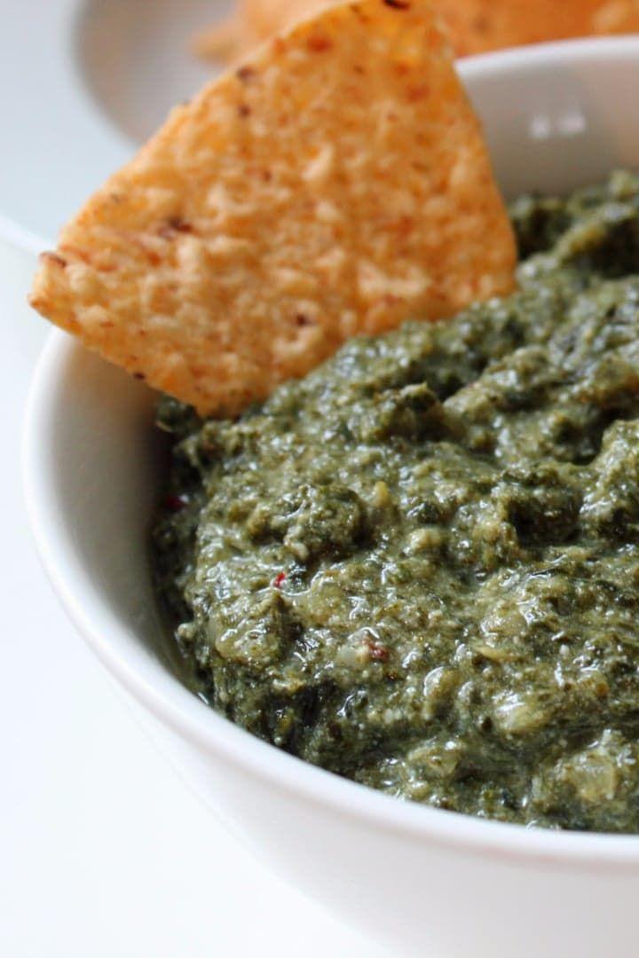 Creamy Low-Calorie Cheesy Kale Dip
