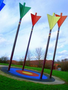 Archery Sculpture Sankey Valley Park Photo Country Girl at Heart Flickr CC 600x800