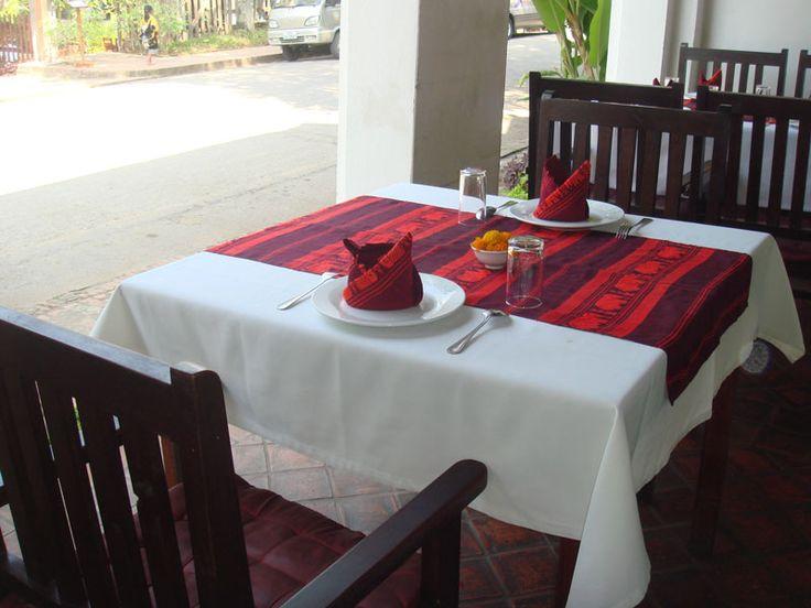 夕食:TAMNAKLAO タム・ナック・ラオ(ラオス料理)(DLX) http://www.toursystem.biz/tours/edit/206