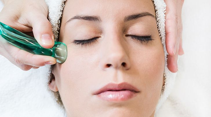 Here S Why People Are Putting Suction Cups On Their Faces Facial Cupping Ipl Photofacial Photofacial