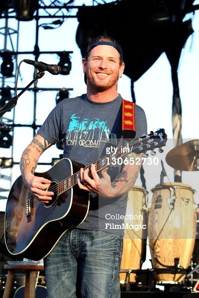 Corey Taylor... My ovaries just exploded. Thank you for your attention.
