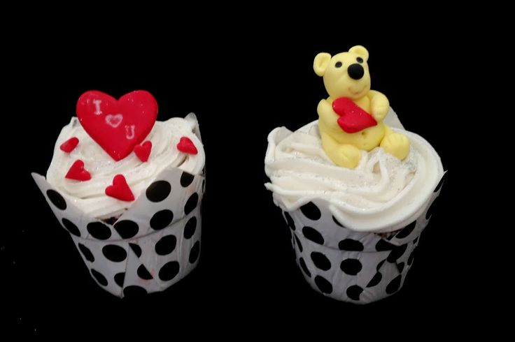 I luv U Valentine Cupcakes Like us on Facebook at https://www.facebook.com/chaoscakes1
