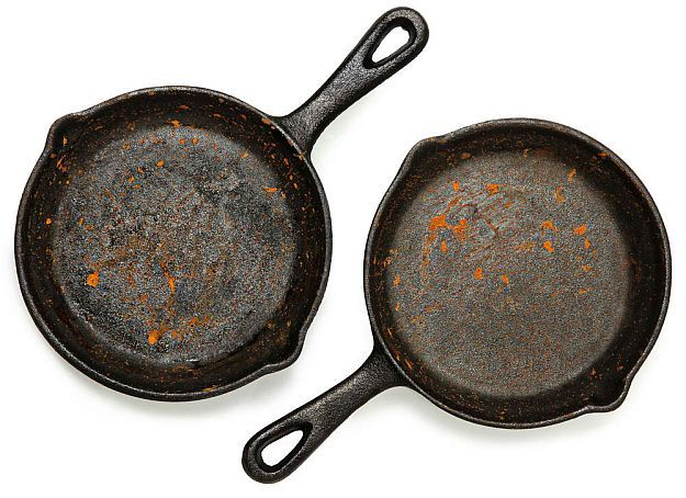 Rusty Cast-Iron Skillet | Simple Ways To Remove Stubborn Rust From Anything [Infographic]