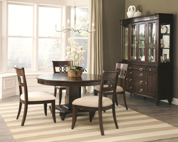 Coaster Alyssa Dining Table And 4 Side Chair And 2 Arm Chair Set   Coaster  Fine Furniture