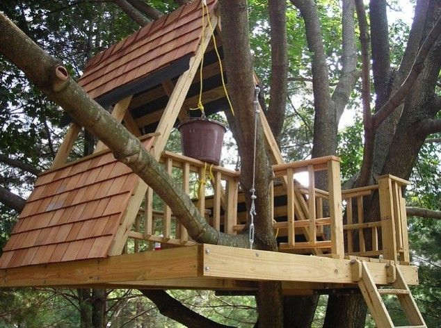 Superior A Frame Treehouse: 50 Kids Treehouse Designs