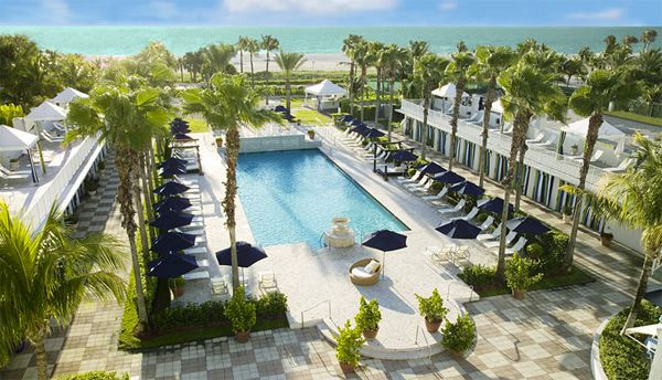 One of Miami's coolest hotels: Kimpton Surfcomber. (more in the link!)