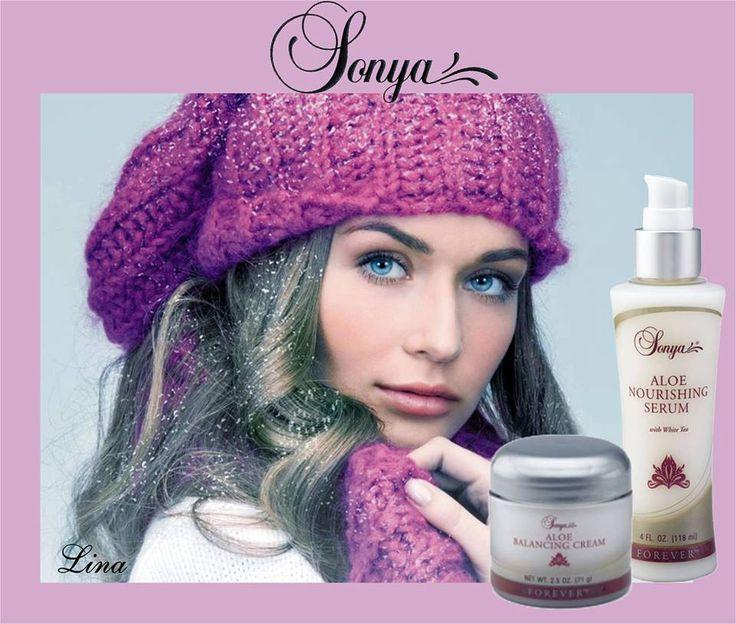 A Sonya kiegyenlítő, tápláló, hidratáló krém Aloe verát, revitalizáló kivonatot és korszerű hidratálót tartalmaz. A krém elősegít a bőr egészséges nedvességtartalmát és állapotát.  A fehér tea kivonatot tartalmazó Sonya Tápláló Szérum megőrzi és nedvességgel tölti fel a bőrt. http://360000339313.fbo.foreverliving.com/page/products/all-products/5-skin-care/hun/hu Segítsünk? gaboka@flp.com Vedd meg: https://www.flpshop.hu/customers/recommend/load?id=ZmxwXzE0NTk3
