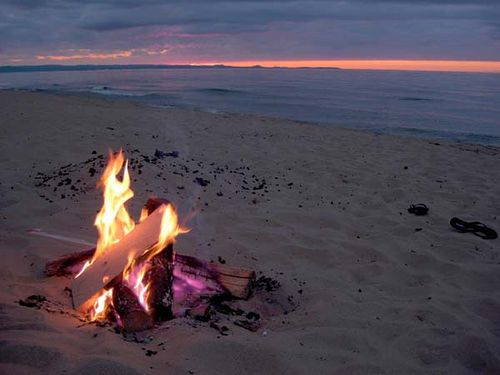 Beach Bonfire! So want to do this again!