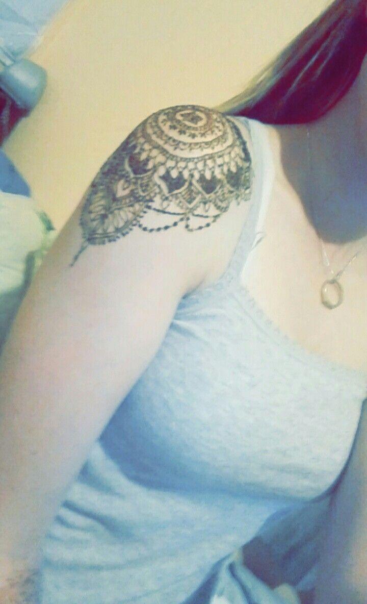 briannavanmechgelen henna 😃 shoulder henna design