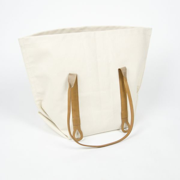 Carryall Totes / by Mimot Studio