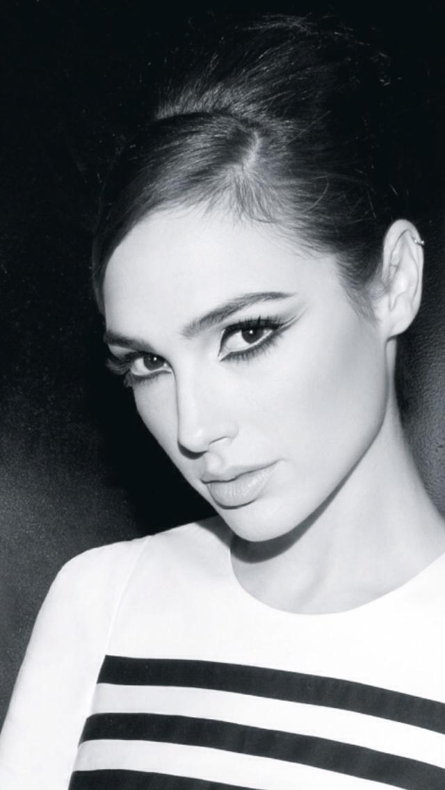 Gal Gadot - Castro  Make Up By Michelle Edri