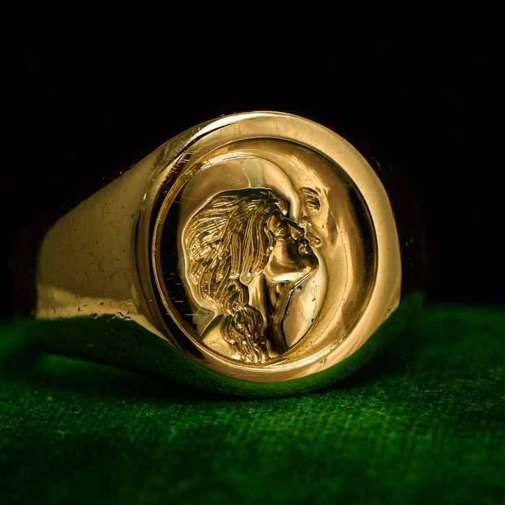 """572 Likes, 8 Comments - Butter Lane Antiques (@_butterlaneantiques) on Instagram: """"This magical #antique signet ring has been carved with an unusual #intaglio. Depicted is a woman…"""""""