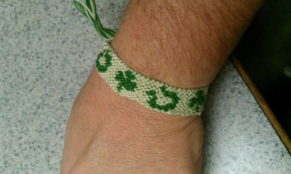 Lucky Friendship Bracelet by SaxophoneChick on Etsy, $7.50