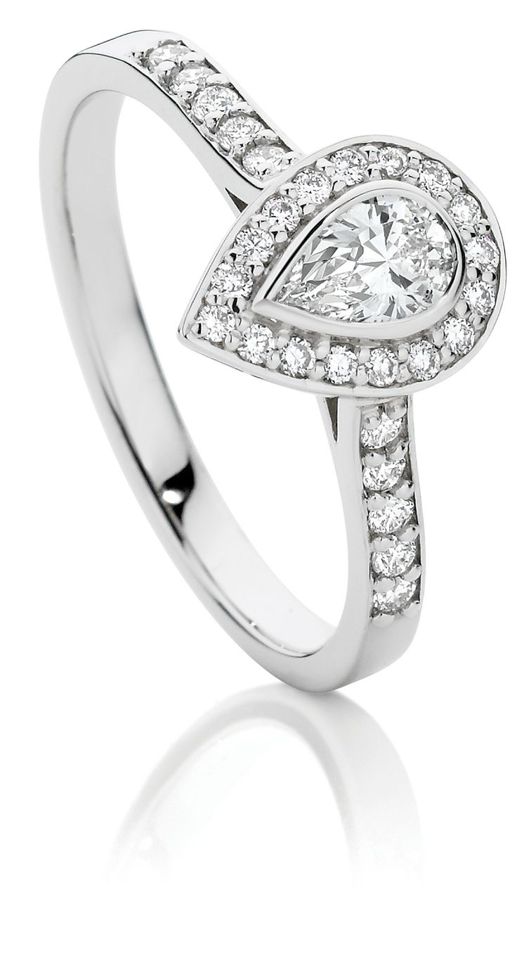 Stunning 0.50ct TDW Pear Shaped Diamond Ring in 18ct White Gold $2699  #pear #engagementring #showcasejewellers