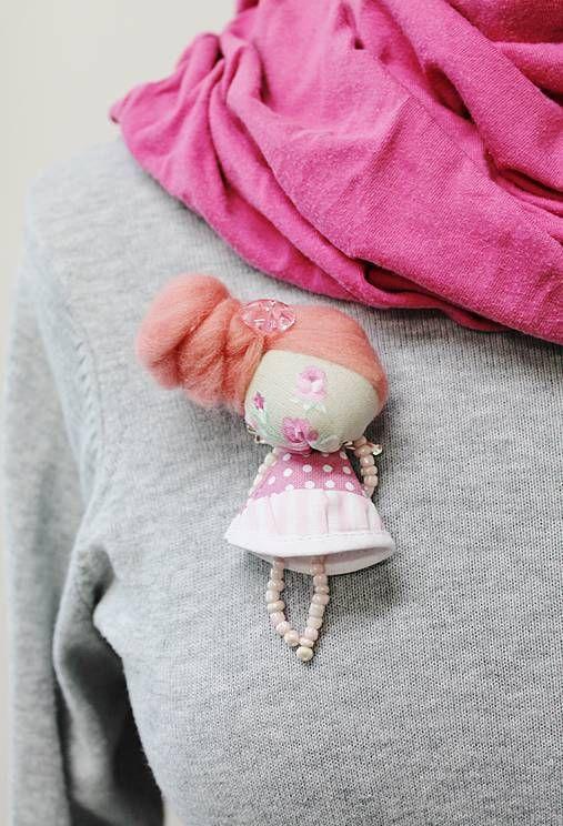maramanufaktura / brošňa mini MARA ružička  /bledo ružová  /