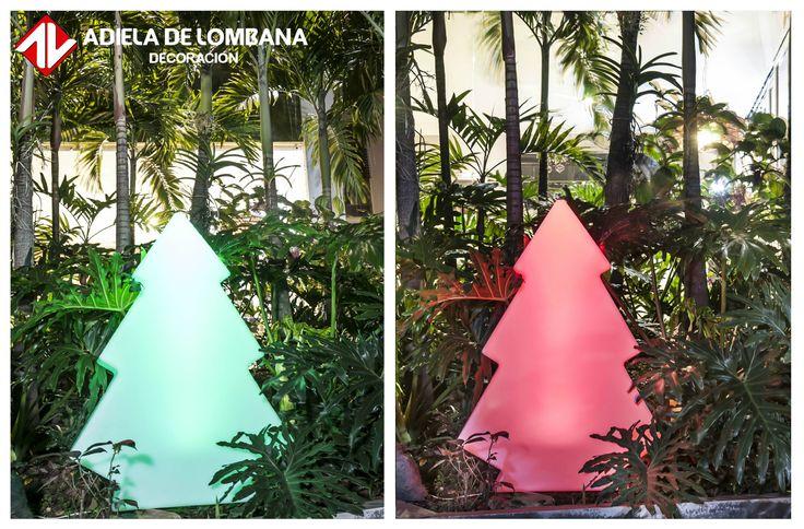 ¿Quieres decorar tus espacios esta Navidad de una manera hermosa pero ingeniosa? ¡Mira los hermosos arboles en polietileno con luz que tenemos para ti!