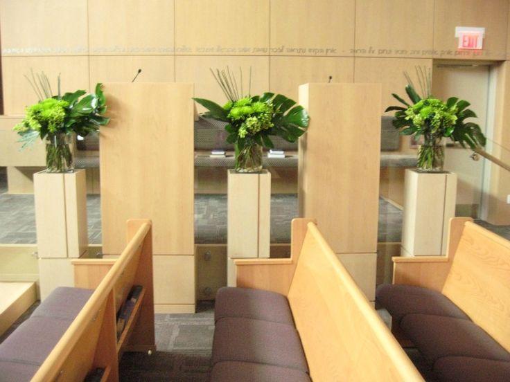 Beth Torah has three pillars that look amazing with three larger pieces set up.