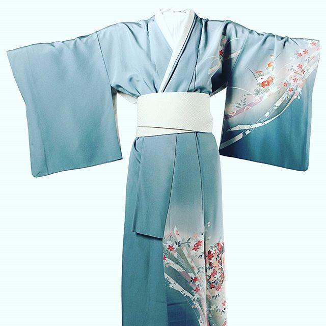 Vintage kimono #fashiondetails #vintage #kimono #minimalism #beautiful #inspiration #lovejob #mydream #contemporaryfashion #fashiondesigner #style