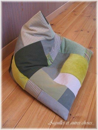 13 best pouf images on pinterest bean bags diy bean bag and patron de couture. Black Bedroom Furniture Sets. Home Design Ideas