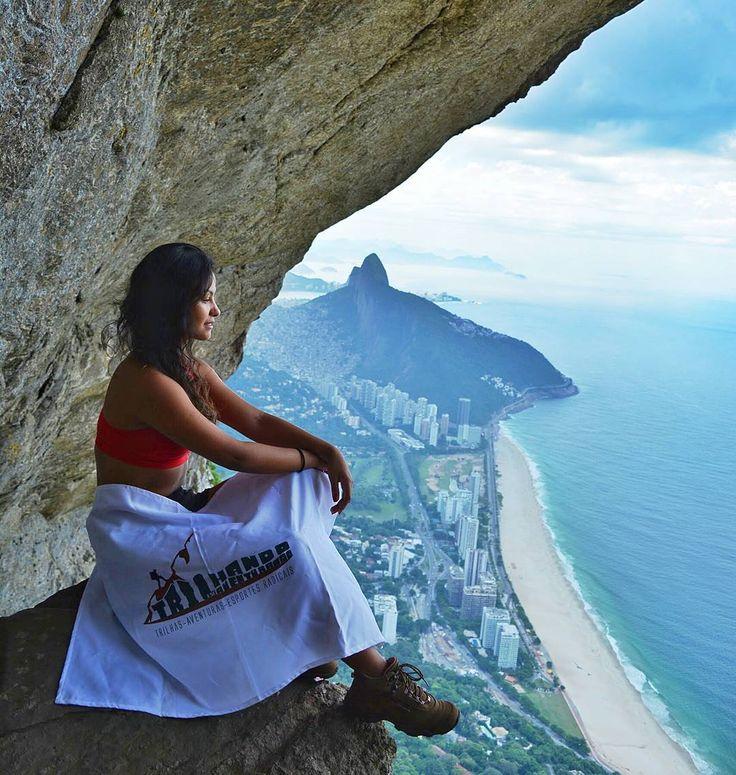 Nossa trilha favorita! @trilhandoeseaventurando  . . .  @douglas.r.j . . . . #pedradagavea #riodejaneiro #souloffwall #trilhandomontanhas #trilhandotrilhas #021rio #errejota #brasilbr55  #RioEuAmoEuCuido #rio_radical #soulnature_ #umveraopordia #PageVibe #VisitBrasil #rioiloverio #RioAcademiaNatural #picoftheday #elasradicais #oceano_brasil #topofbrazil #nature #paraisoradicalrj #Carioquissimo #ig_riodejaneiro #riodosmeusolhos #trilheirasdobrasil #goodinrio #rioportodos #canaloff by…