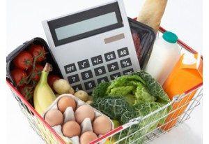 Día# 407_ PRESUPUESTO SEMANAL EN ALIMENTACIÓN  Esta semana estoy centrada en reducir el presupuesto de alimentación semanal... ¿ a cuánto creéis que puedo reducirlo por semana?  Quiero hacer varios cursos y, a pesar de poder vivir con mis ahorros durante estos 500 días, tengo que apretarme un poquito el cinturón.  http://miss500dias.com/2014/06/16/presupuesto-semanal-de-comida/