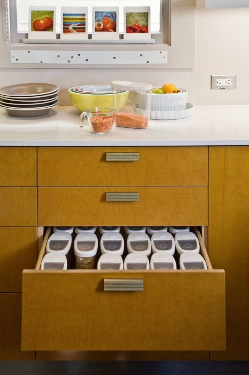This drawer is deep which makes it perfect for these tall Maximize kitchen storage