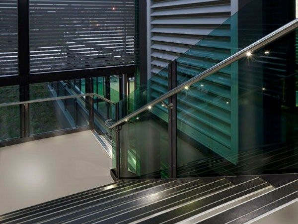 Handrail with lights