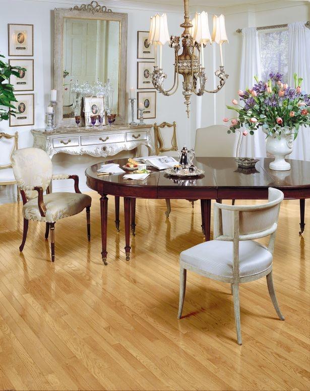 Sexi blonde hardwood floors
