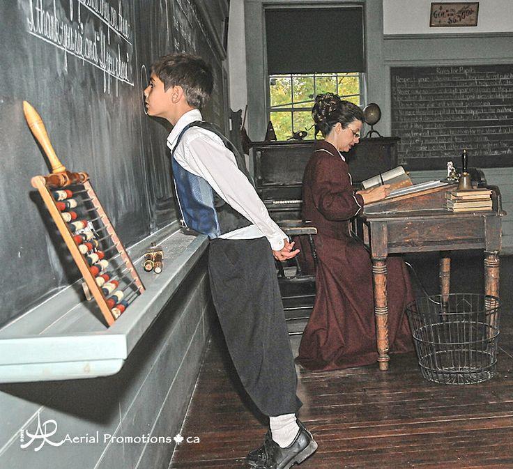 https://i.pinimg.com/736x/18/21/52/182152dbc659be0a2b9a32dc473563a8--school-life-school-days.jpg