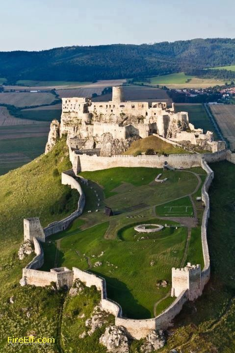 Spis - One Of The World´s Biggest Castles - Slovakia - Central Europe ◬ - Spis Castle (49,485 square meters)