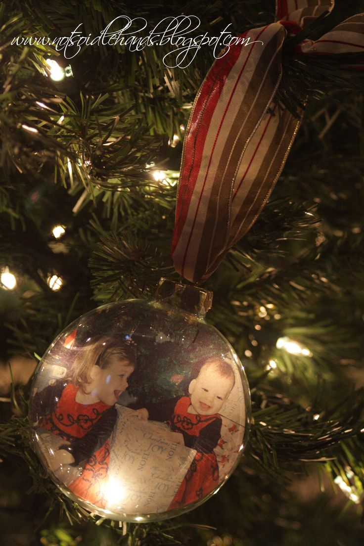 Plaid monograms natural wood ornaments feathers and i couldn t - 25 Days Of Christmas Photo Ornaments For Your Tree By Notsoidlehands Com