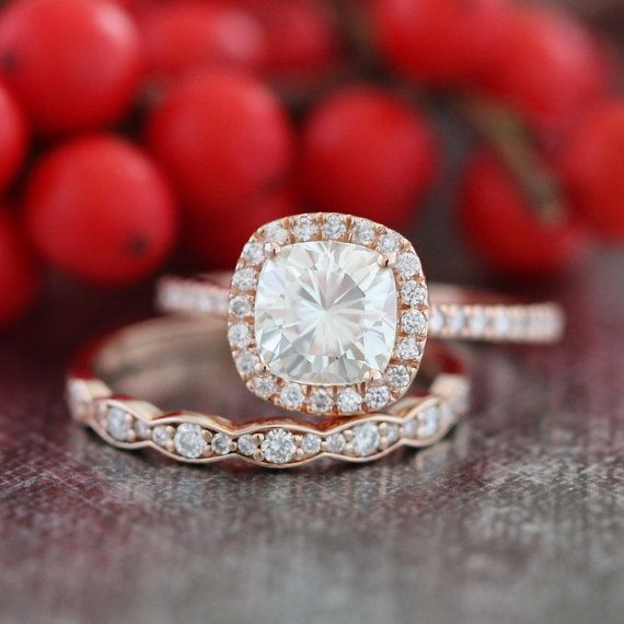 Cushion Moissanite Engagement Ring 14k Rose Gold and Scalloped Diamond Wedding Band Bridal Set 7x7mm Forever Brilliant Moissanite Halo Ring