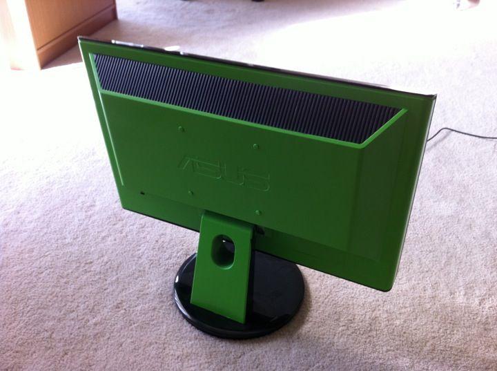 Kawasaki Ninja PC Case, the monitor