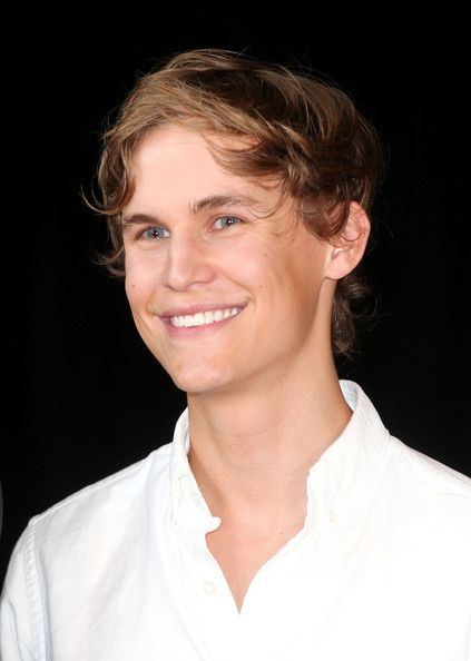 Rhys Wakefield.  When falling hard for the villain is actually a bad thing.