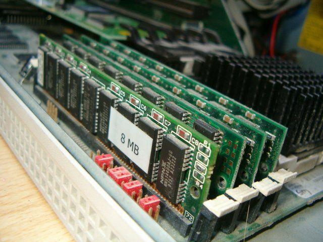 operační pamět RAM