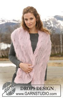 """DROPS scarf in 2 threads """"Kid-Silk"""" with rib and cables. ~ DROPS Design"""