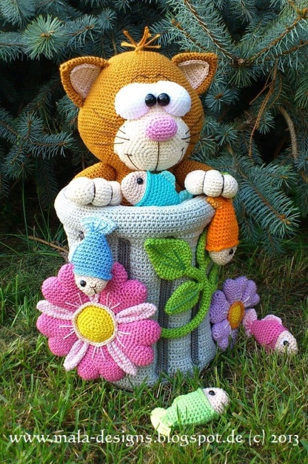 Crochet Tutorials – große Miezekatze, Häkelanleitung, pdf – a unique product by Mala-Designs on DaWanda