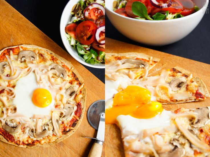 Śniadaniowa pizza z tortilli (6 składników) - WilkSyty.pl - przepisy z 7 składników