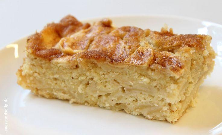 Schwedischer Apfelkuchen nach Omas Rezept - saftiger geht's nicht - suessundselig