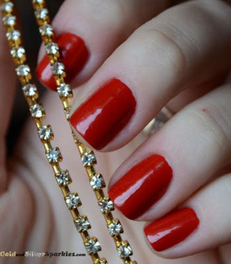 Farmasi 45 - #nails #polish #nailart #redandgold - bellashoot.com