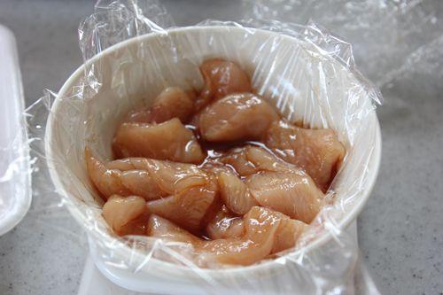 冷めてもしっとり*鶏むね肉の揚げない唐揚げ【下味冷凍お弁当おかず】 | 冬のひいらぎ 秋のかえで*shinkuのレシピ&ライフ