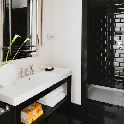 10 best images about black white on pinterest mosaic for Monochromatic bathroom designs