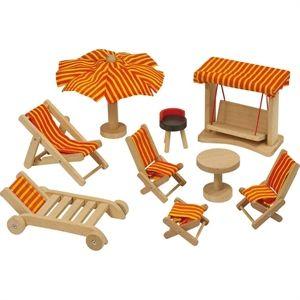 Dollhouse garden forniture. E per il giardino della casa delle bambole in legno ecco un set composto da sdrai, sedie, tavolino, sgabelli, ombrellone e dondolo. Naturalmente tutto in legno. E' acquistabile su http://www.giochiecologici.it/p/203/mobili-da-giardino-per-casa-bambole
