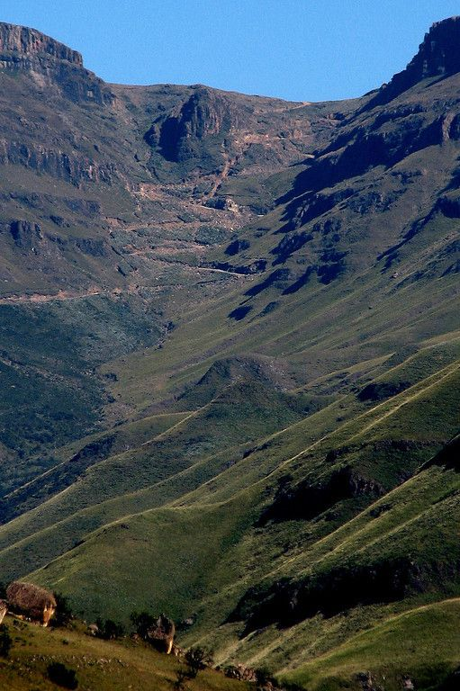 The Sani Pass into Lesoto, Ukhamlamba Drakensberg Park, Kwazulu-Natal, South Africa