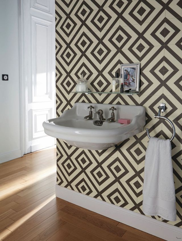D co wc moderne et tendance d co loft et saints - Tapisserie heilige maclou ...