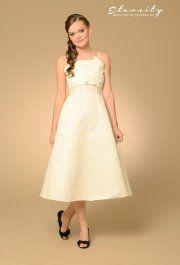 Betti rövid menyasszonyi ruha