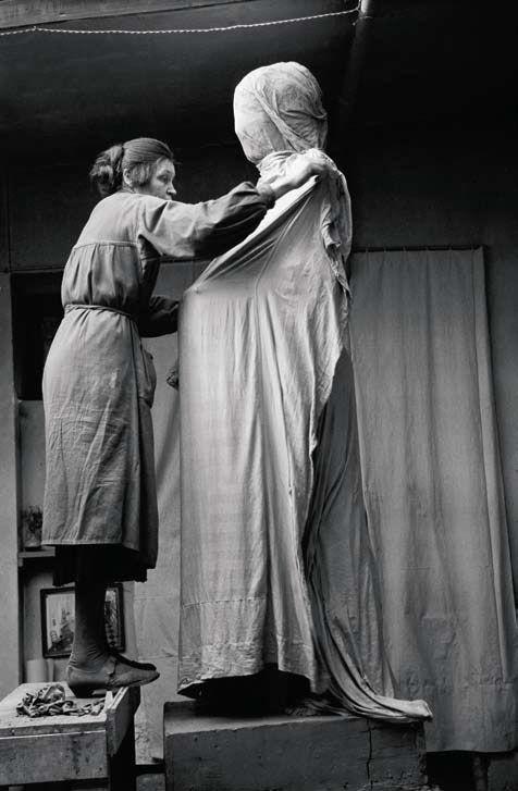 Astrid Noack in her atelier,  Rådmandsgade, 1939