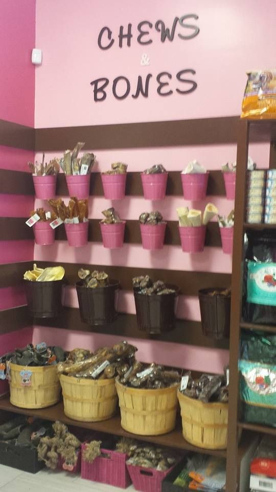 don't like the pink but cute display ideas