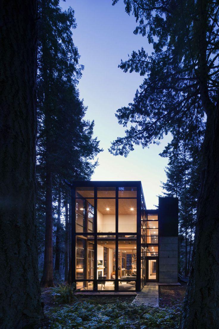 Lightbox Modern Home in Point Roberts, Washington by Bohlin Cywinski… on Dwell
