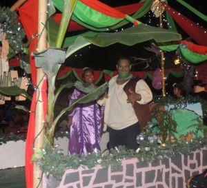 Une Mini Parade de Noël  'Shrek-ceptionnelle'